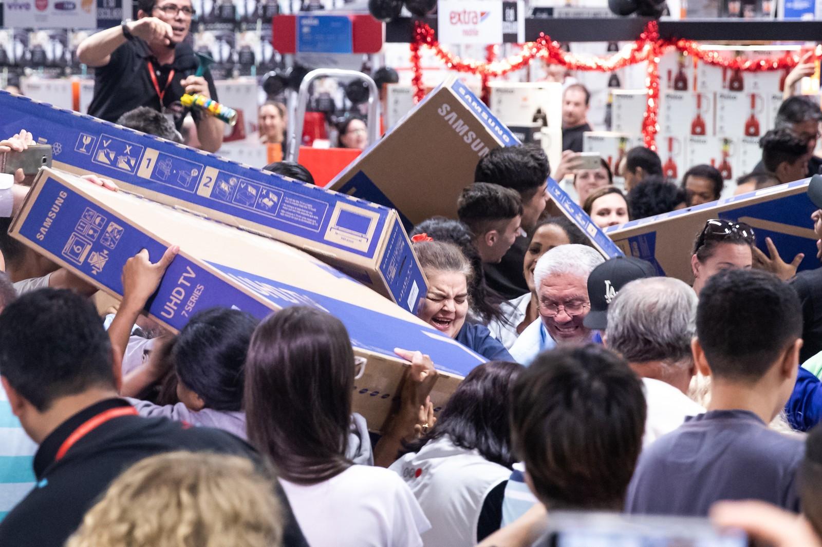 Black Friday 2019: pela 1ª vez, brasileiro deverá comprar tanto em lojas físicas quanto na internet