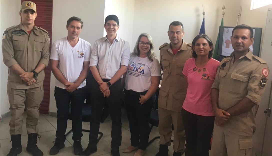 Vice-prefeito Celso Morais visita Gurupi para conhecer o projeto Bombeiros Mirins