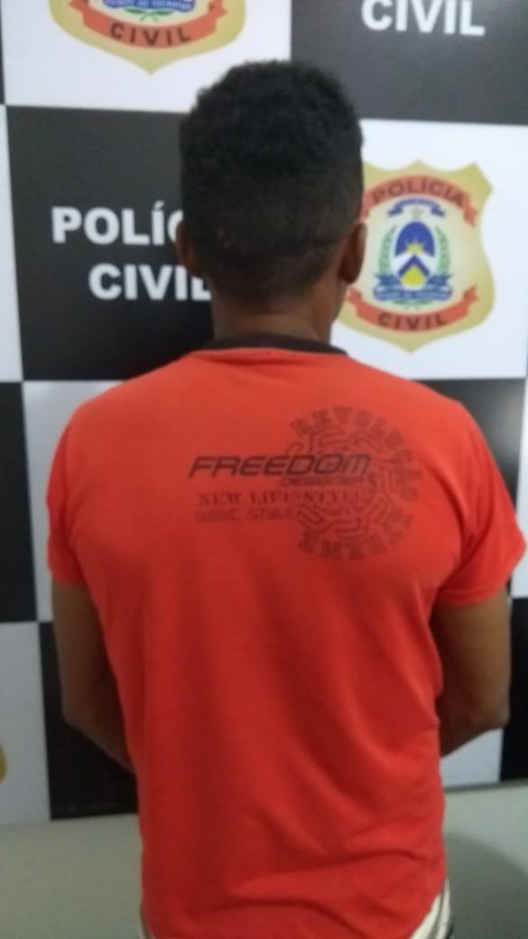 Homem é indiciado pela Polícia Civil pelo crime de coação no curso de processo