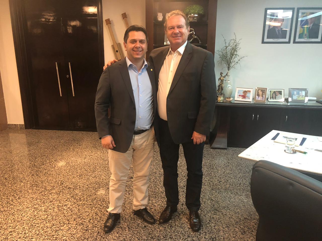 Deputado e prefeito explicam que aviões de pequeno porte poderiam ser os ideais para operar no Estado na rota Araguaína-Palmas, inclusive com ligação a Gurupi e o Jalapão