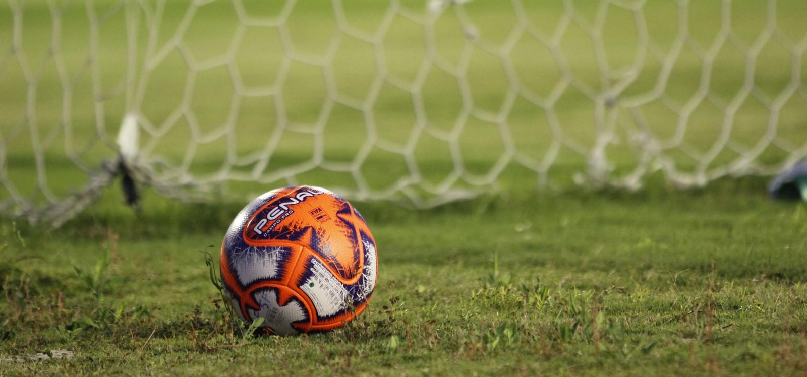 Após reunião, federação paulista diz que não há data para retorno de treinos