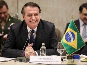 Ao vivo: Bolsonaro anuncia 13° para beneficiários do Bolsa Família e libera verbas para obras de Irmã Dulce