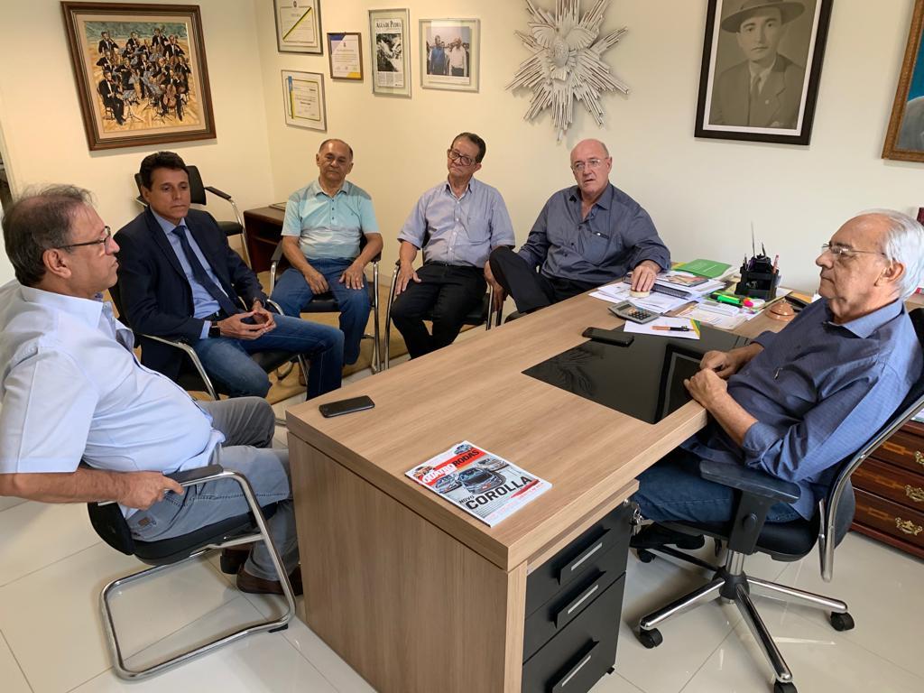 Deputado Nilton Franco visita prefeito Moisés Avelino, em Paraíso