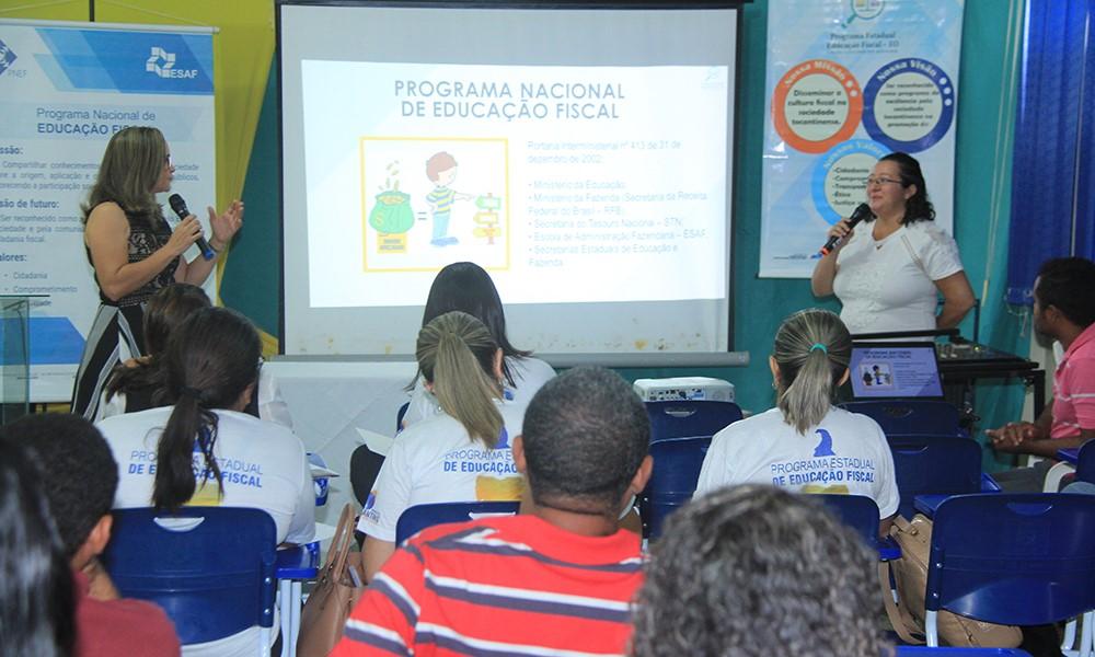 Palestras e oficina integram a programação do workshop sobre Educação Fiscal em Araguatins