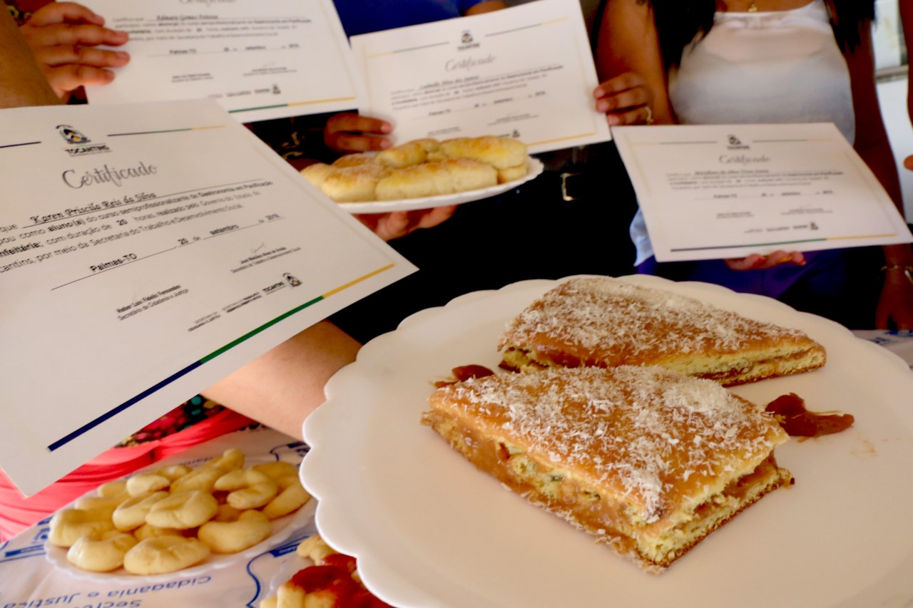 Governo do Tocantins entrega certificados de panificação para reeducandas