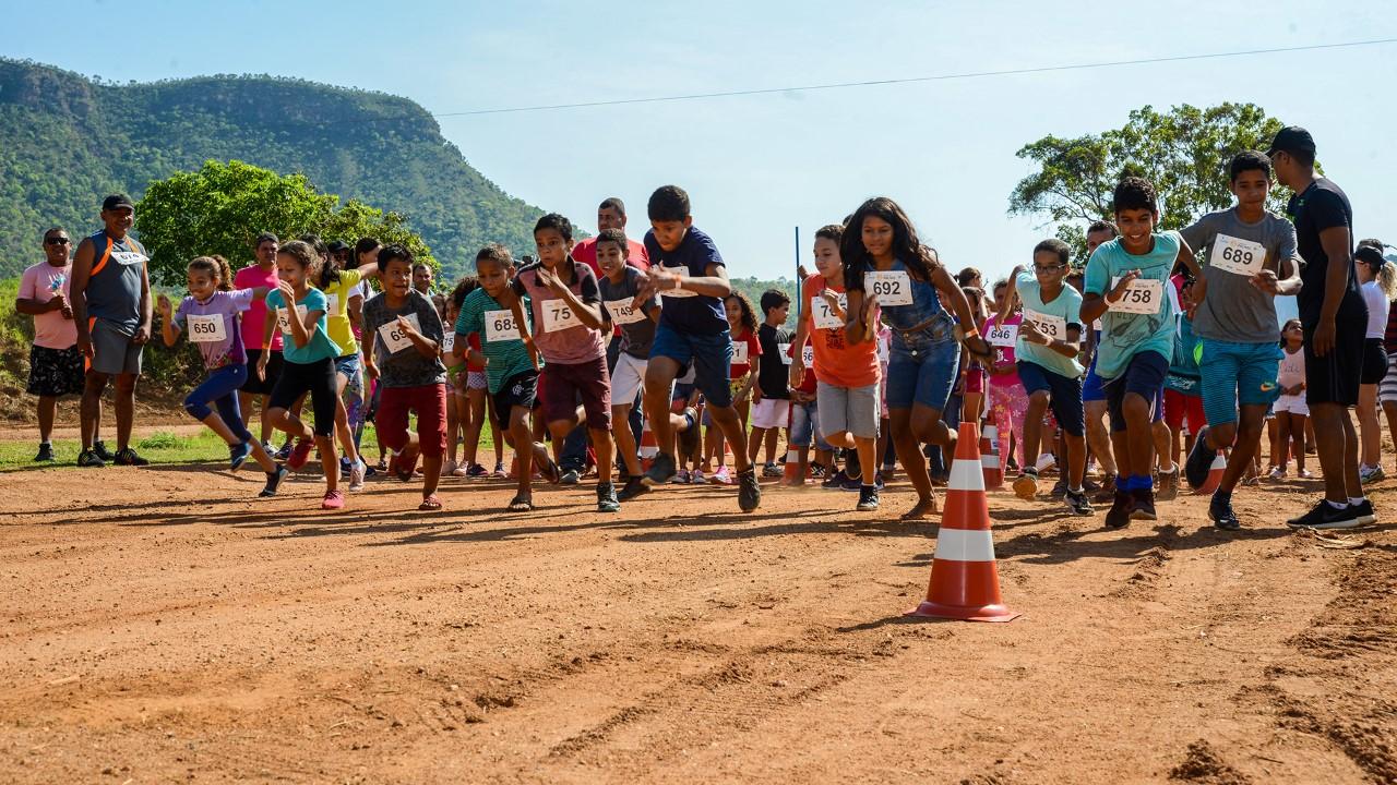 Crianças de Taquaruçu Grande comemoram Dia das Crianças com esportes e muita diversão