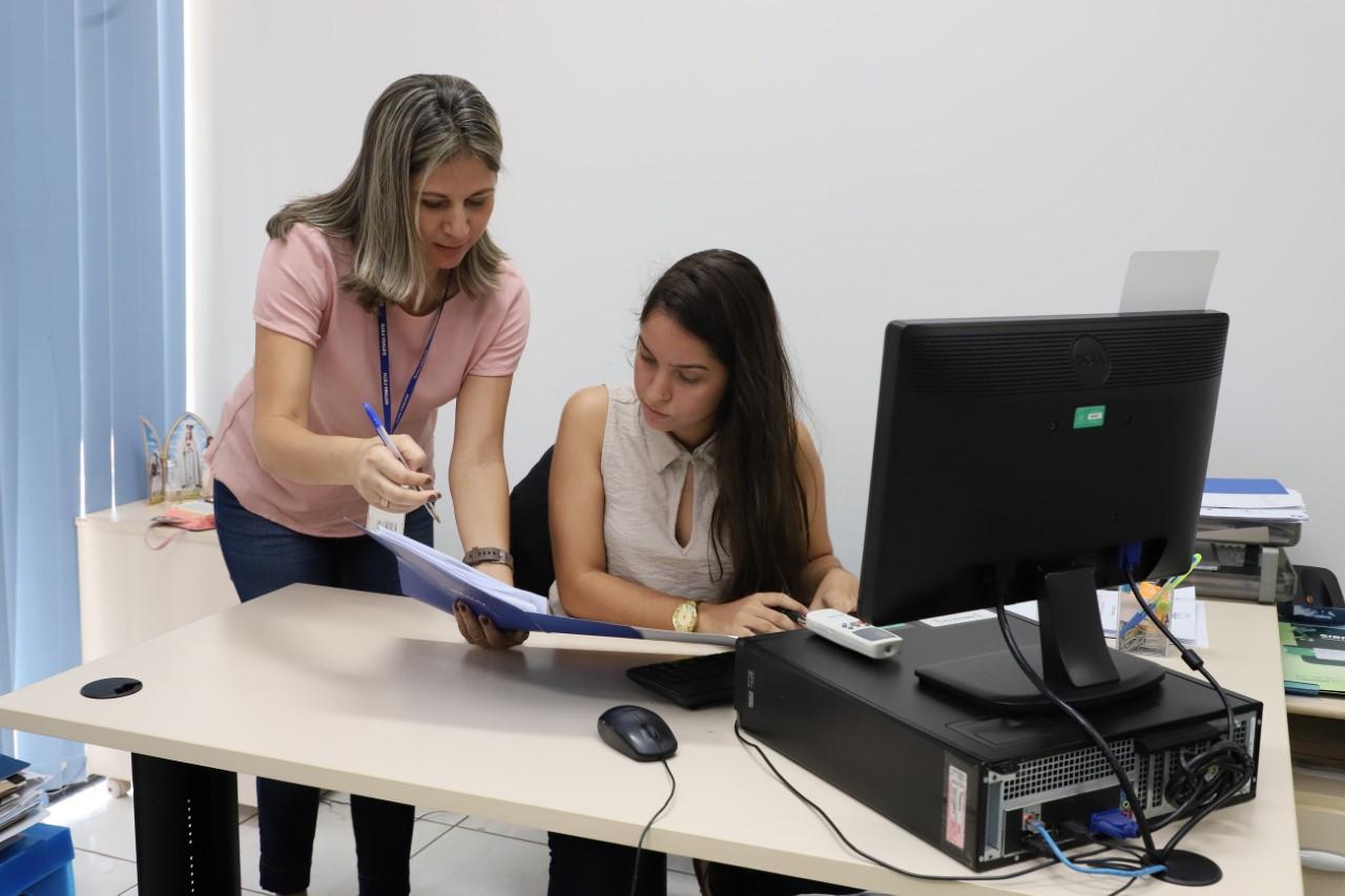 IEL divulga 09 vagas de estágio remunerado em dois municípios