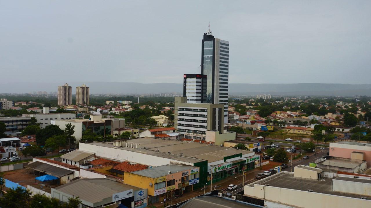 Sol com pancadas de chuvas devem marcar o final de semana em Palmas