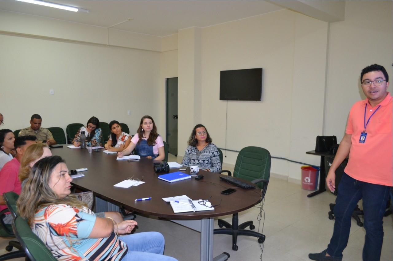 Sala de Situação de Combate ao Aedes reúne entidades para definição de ações