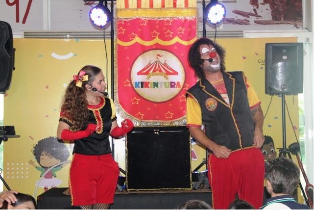 Circo Kikintura foi atração no dia das crianças em Palmas