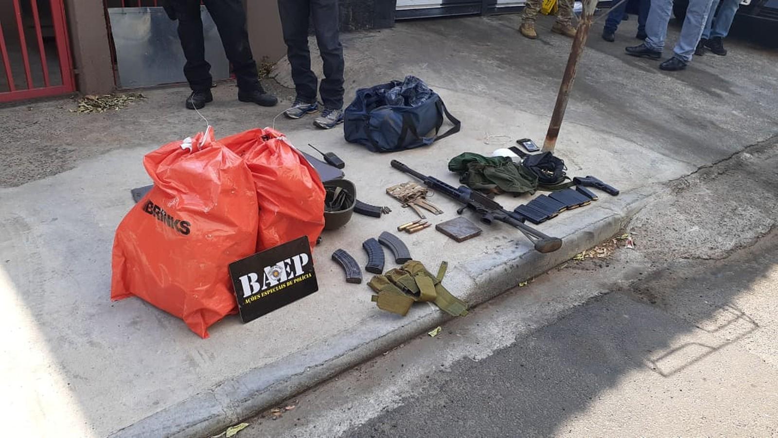 Assalto em Viracopos: atirador da PM mata homem que fez mãe e bebê reféns por 2 horas