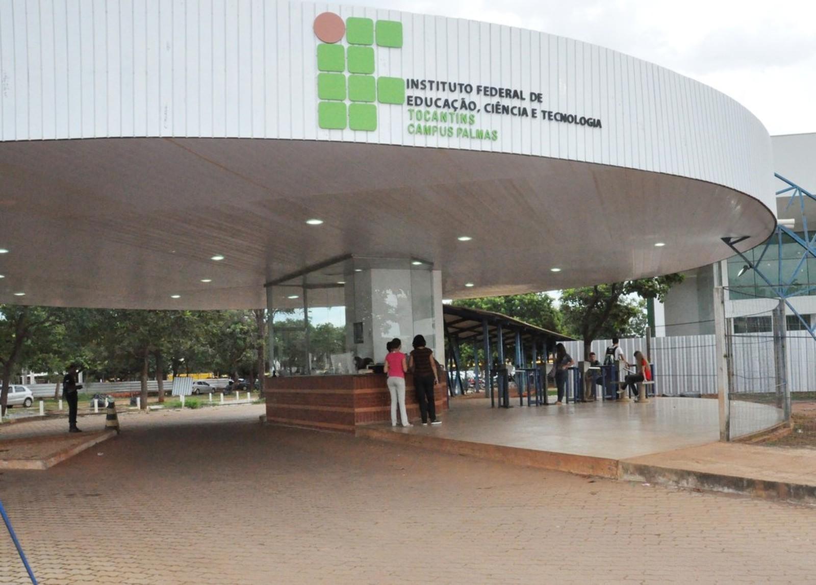 IFTO suspende calendário acadêmico até agosto