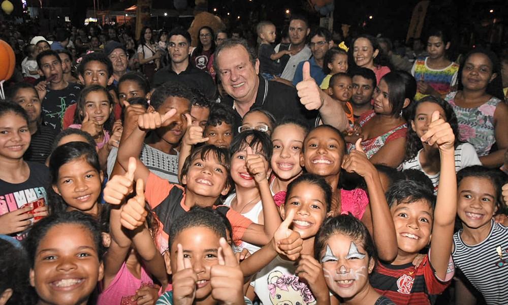 Governador e Primeira-dama prestigiam festa das crianças em Gurupi