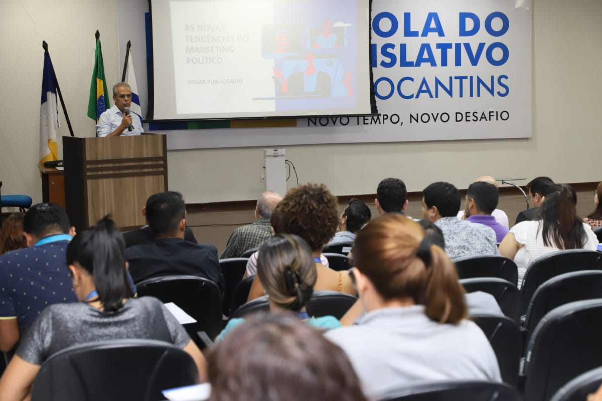 FIETO leva workshop sobre marketing a servidores da Assembleia Legislativa