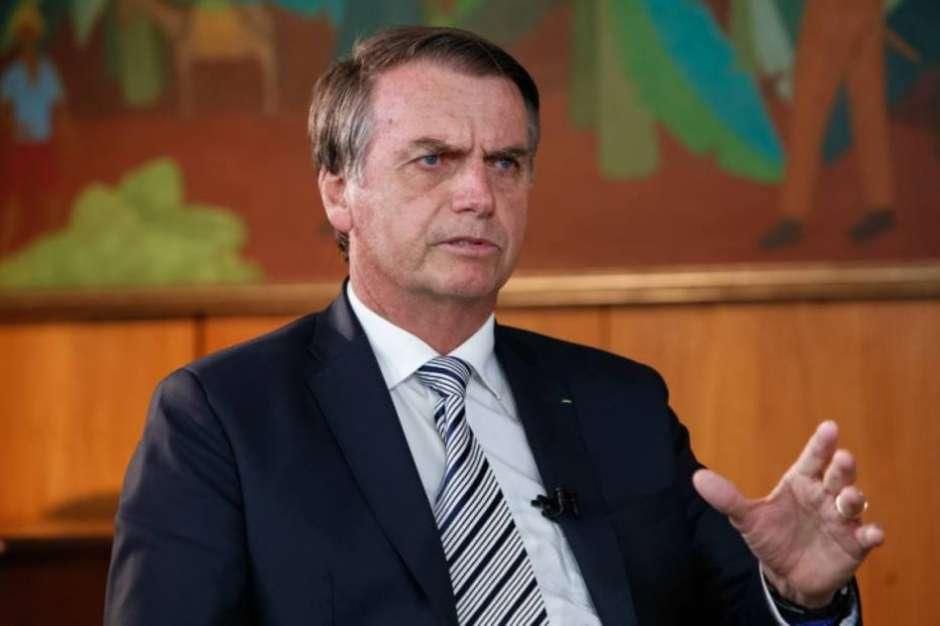 Bolsonaro chama Lula de 'canalha' e diz que não responderá a 'criminosos que por ora estão soltos'