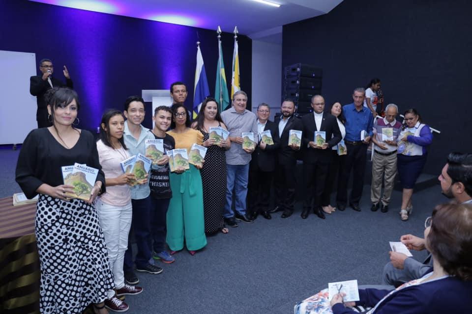 Anuário de Poetas e Escritores do Tocantins é lançado com sucesso em Gurupi