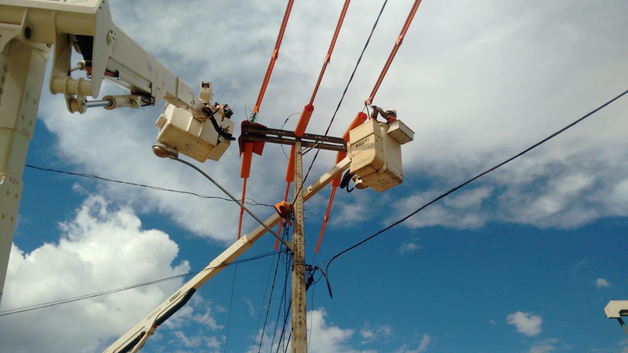Obras de melhorias na rede elétrica garantem a segurança da população Tocantinense