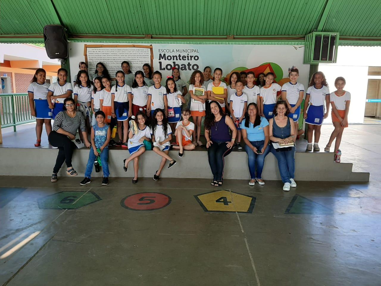Projeto desenvolvido por alunos da Escola Municipal Monteiro Lobato beneficia crianças de instituição de acolhimento