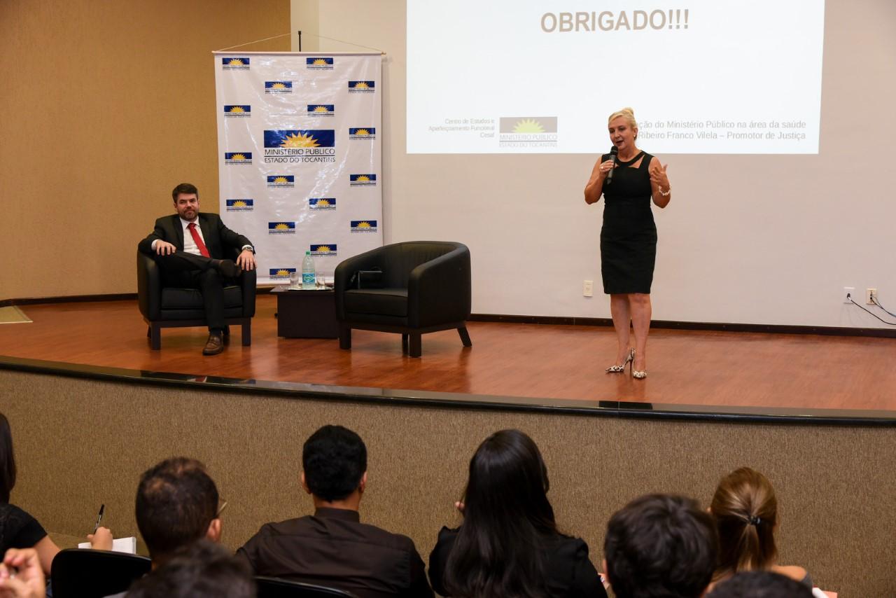 Universitários da UFT e Unest são recebidos no MPTO e conhecem trabalho de defesa do direito à saúde