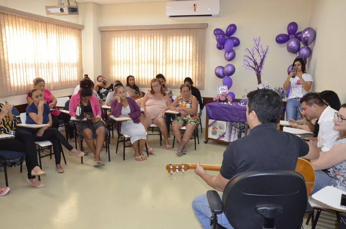 Hospital Dona Regina realiza momento de confraternização para mães de prematuros