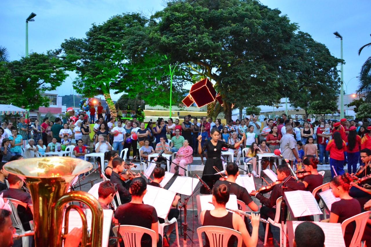 Decoração e Iluminação de Natal são inauguradas em Paraíso do Tocantins
