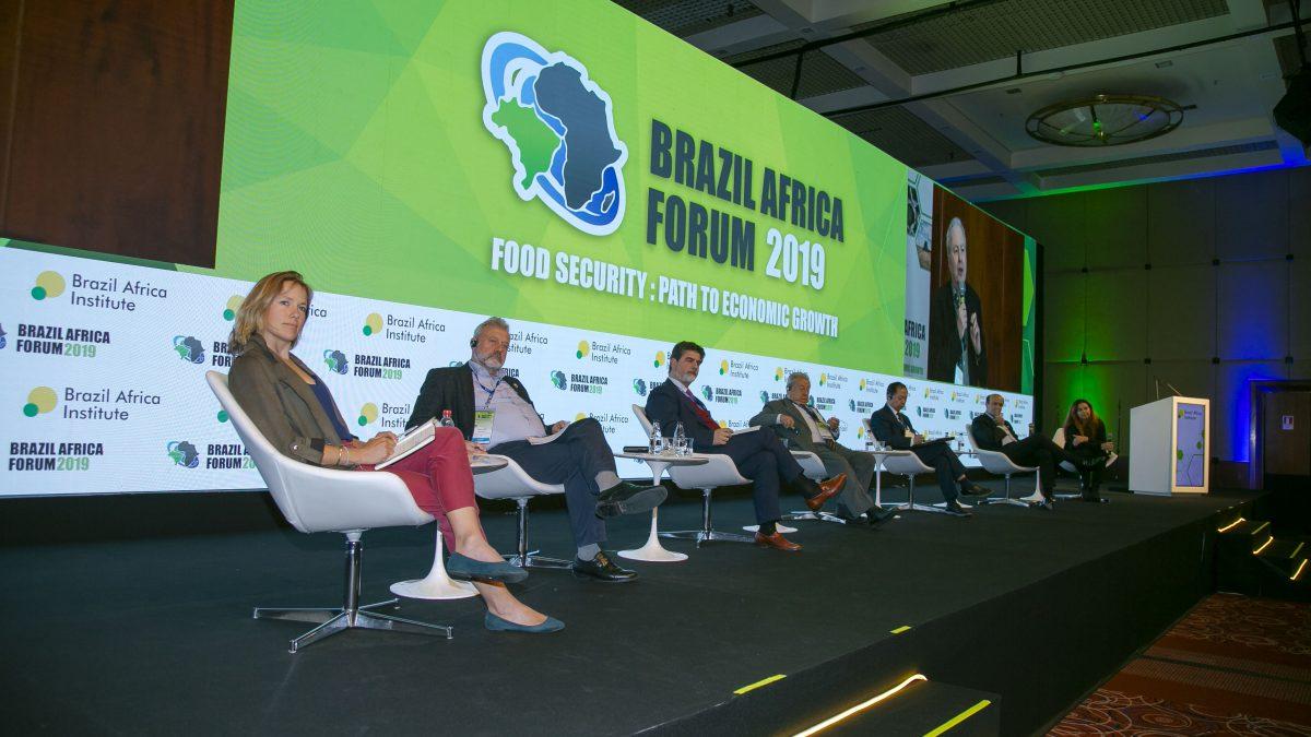 Agricultura 4.0 além dos alimentos: como a tecnologia pode melhorar a produção de alimentos e reduzir a pobreza?