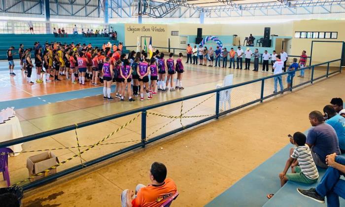 Prefeitura de Pium dá início ao 3º Torneio de Voleibol do Vale do Araguaia