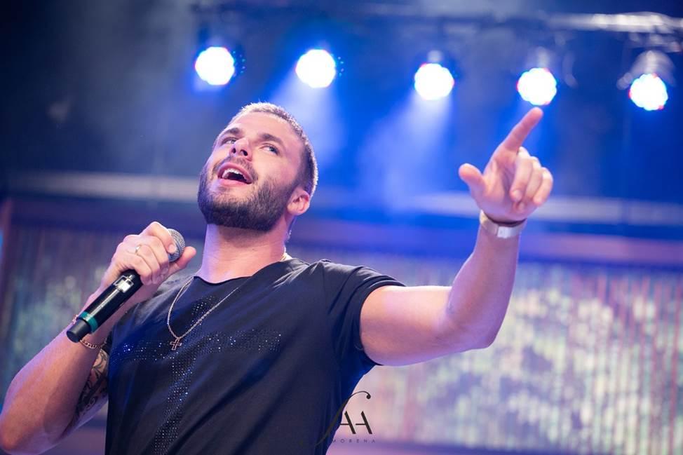 Faa Morena recebe cantor sertanejo Rodrigo Marim no Ritmo Brasil