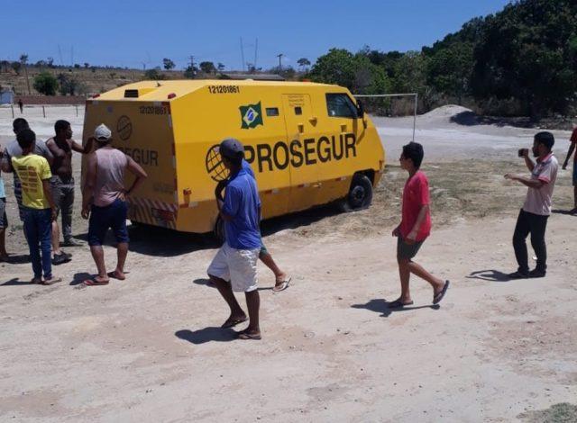 Grupo tenta assaltar carro-forte e troca tiros com seguranças em Morro do Chapéu/BA