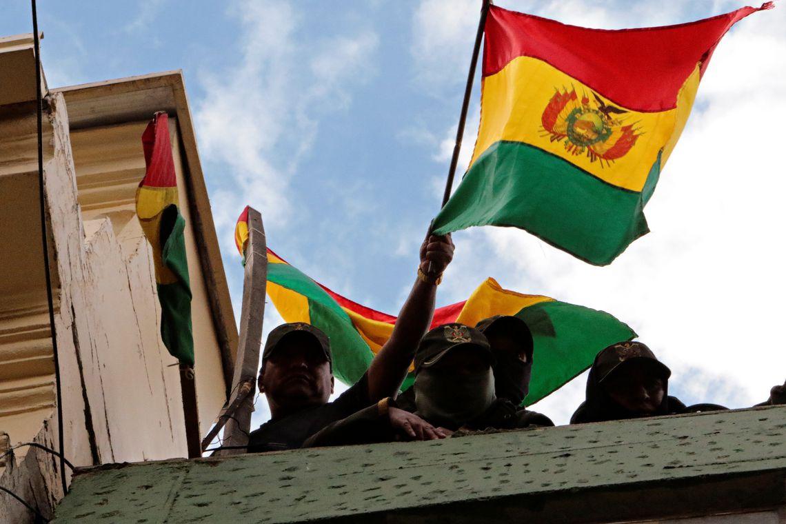 Morales diz que não se sente responsável pela atual crise na Bolívia