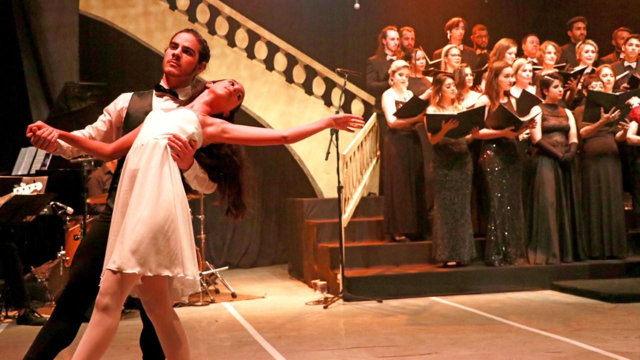 Última noite do espetáculo Movie e Music acontece em Palmas nesta quarta-feira, 20
