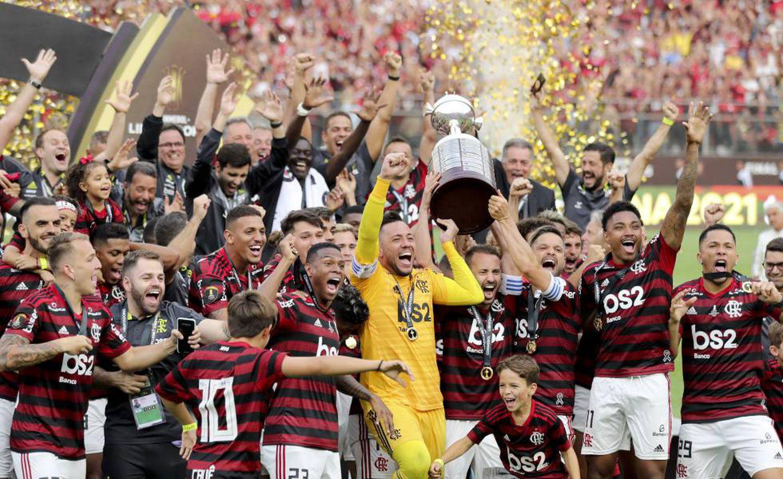 À frente de Real e PSG, Flamengo aparece como 4º melhor time do mundo em lista com mais quatro brasileiros no top-20