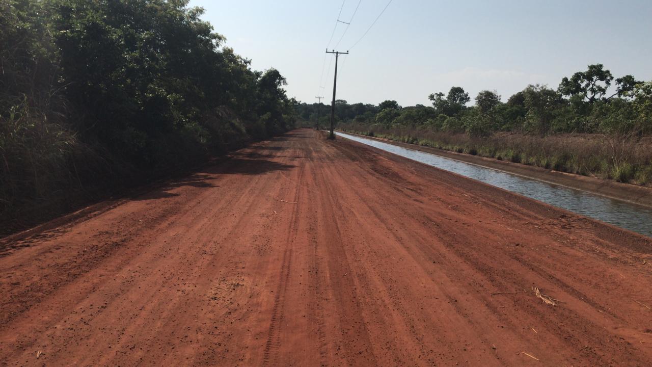 Governo realiza obras de melhorias nas estradas vicinais do Projeto de Irrigação São João