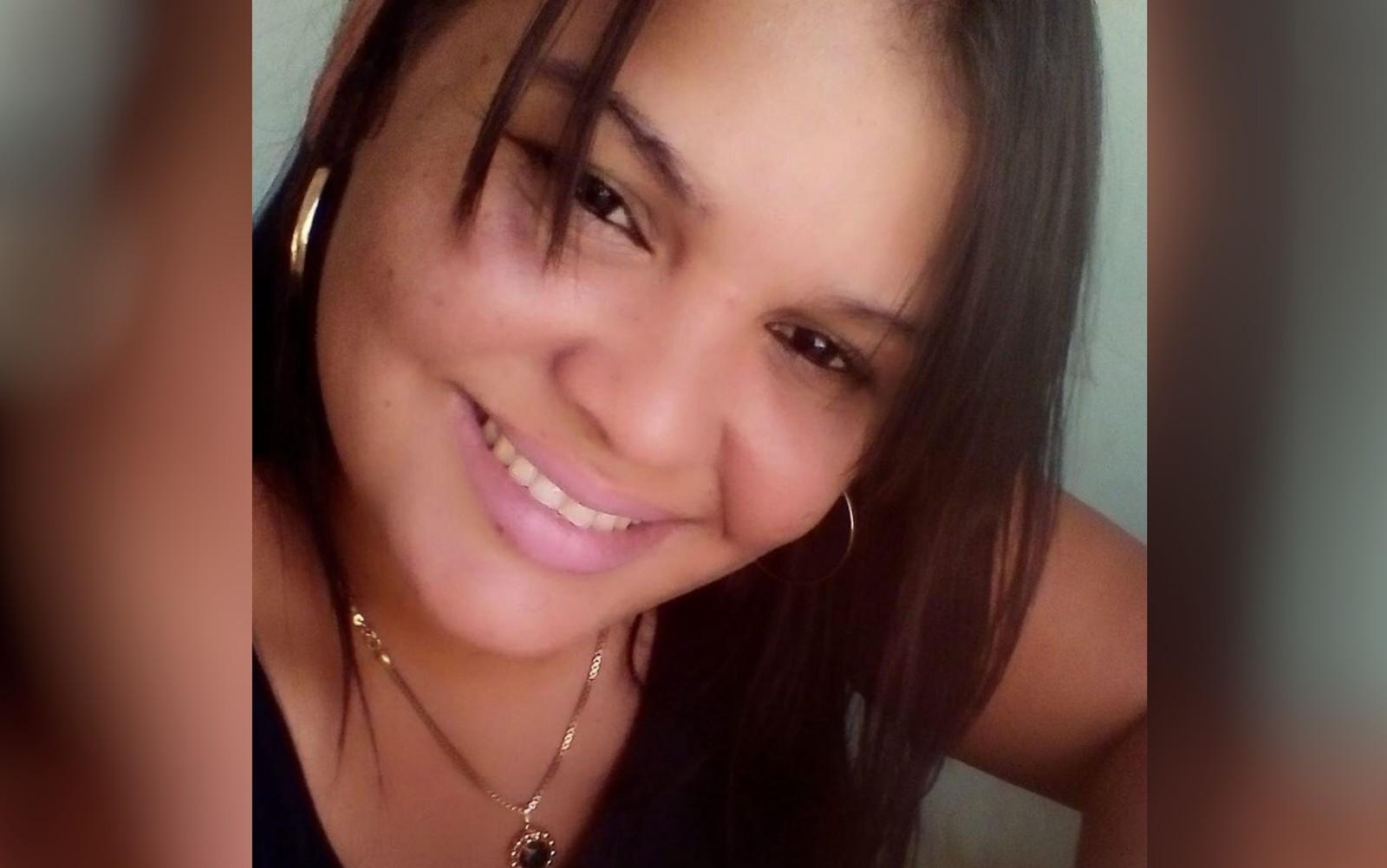 Corpo de jovem que morreu após ser atingida por raio em GO será velado no Tocantins