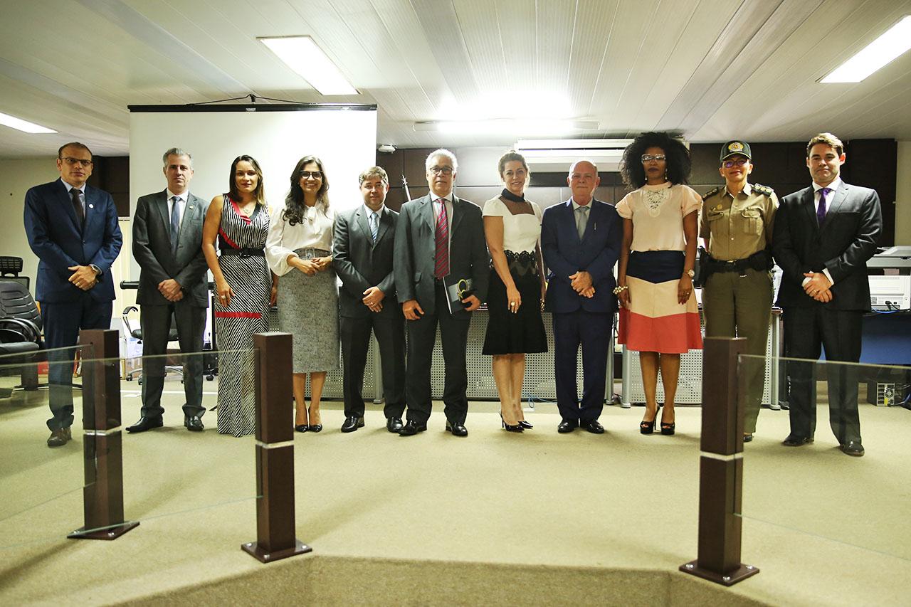 Em Paraíso do Tocantins, presidente do TJTO anuncia obra do novo Fórum da Comarca