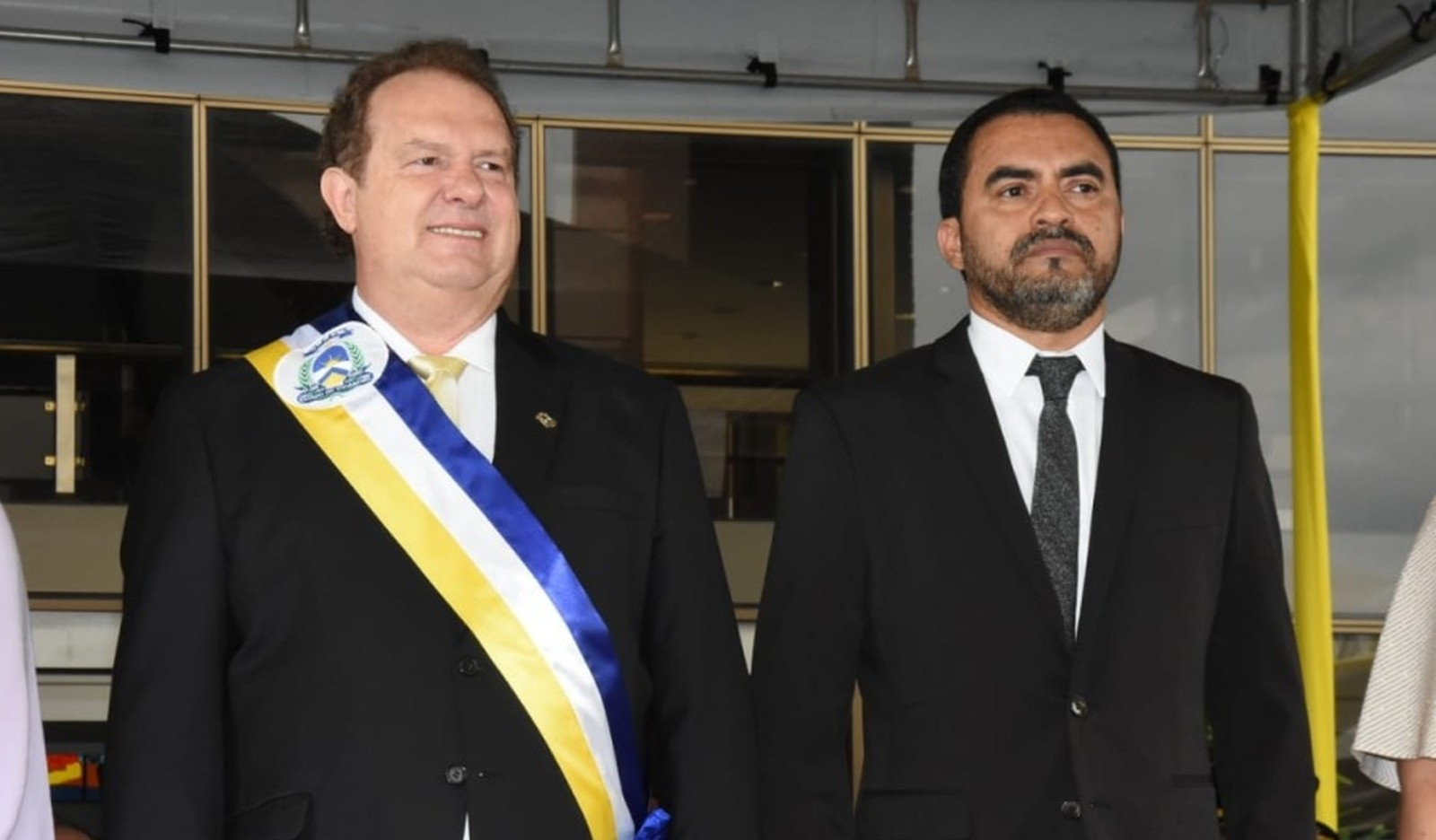 Carlesse embarca para Portugal e vice assume governo por quatro dias