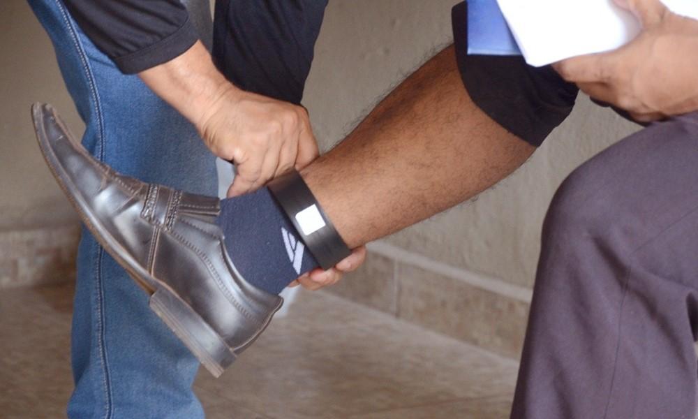 Governo do Tocantins inicia instalação de 650 novas tornozeleiras eletrônicas