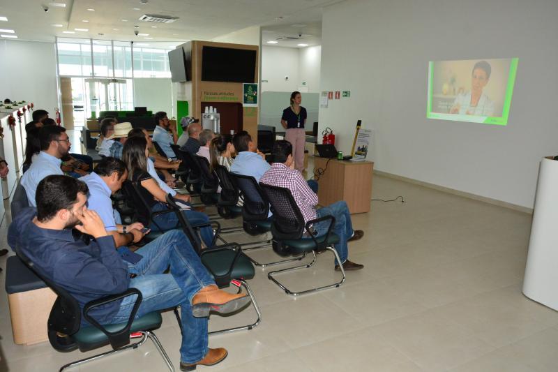 Agência do Sicredi em Paraíso realiza 1º Café com Investidores