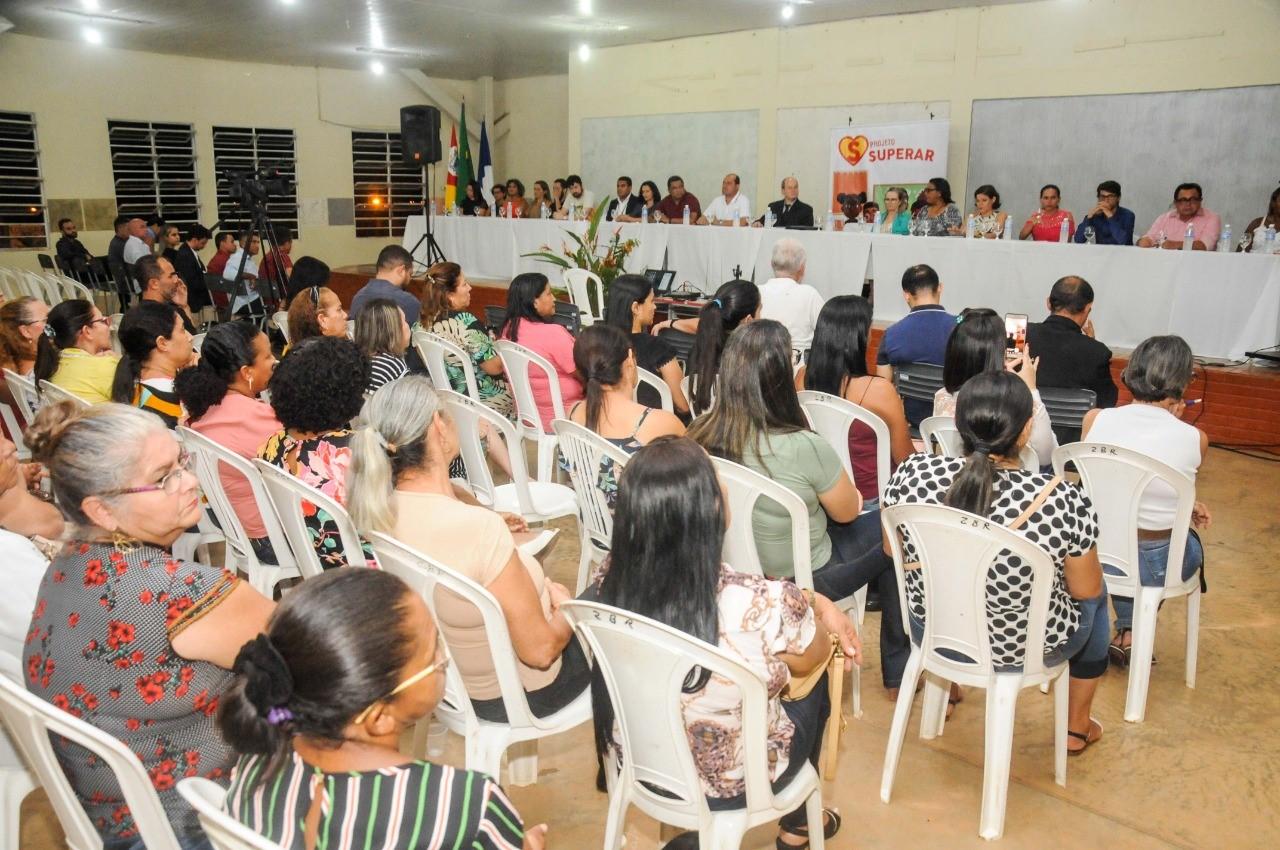 Prefeito Saulo Milhomem participa de 1ª Audiência Pública sobre a Educação do Município