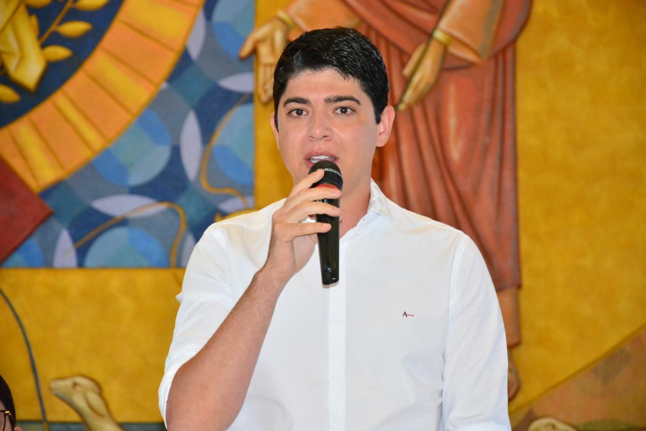 Vice-prefeito Celso Morais participa de formatura de mais de 800 alunos do Proerd de Paraíso