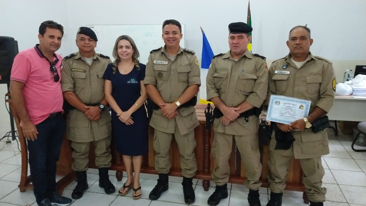 2º BPM homenageia Policiais Militares com certificado de reconhecimento pelos bons serviços prestados em Araguaína