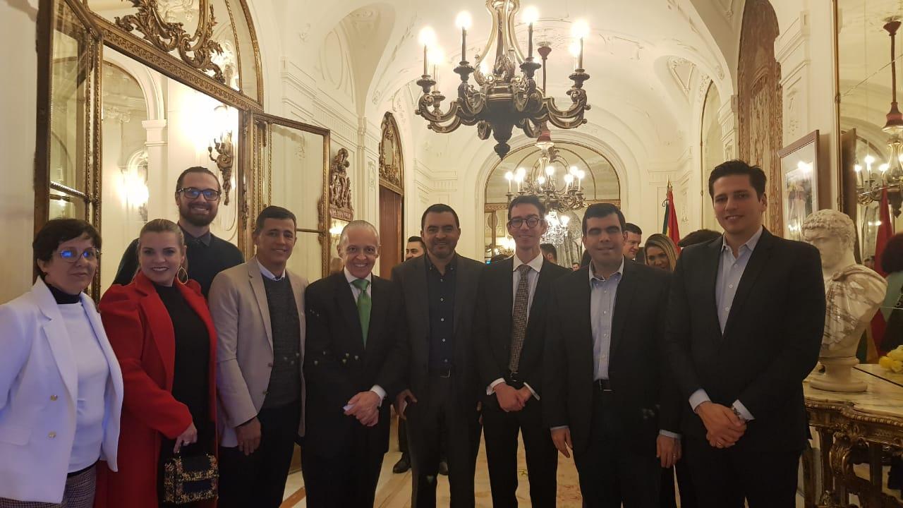 Comitiva do Tocantins é recebida na Embaixada Brasileira em Madrid