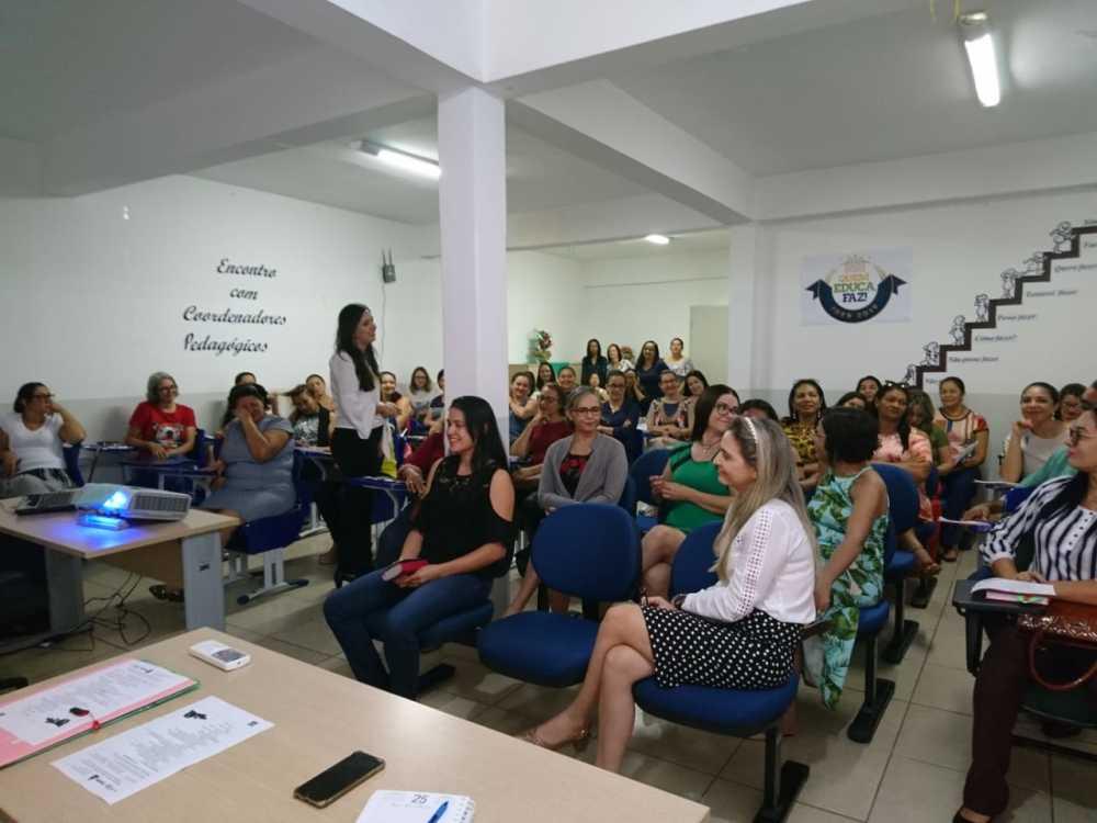 Coordenadores pedagógicos da Regional de Paraíso participam de reunião para conclusão do ano letivo