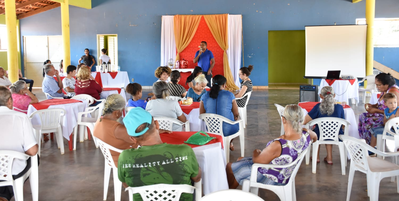 Secretaria Municipal de Assistência Social realiza evento para os idosos em Pugmil