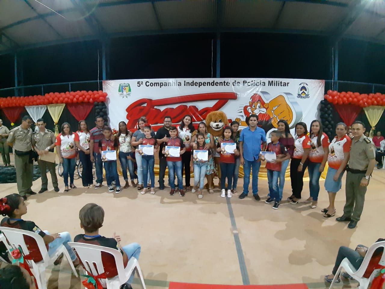 Proerd realiza primeira formatura em Luzinópolis