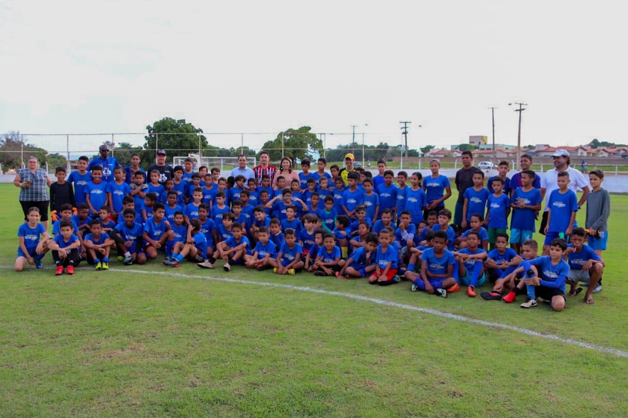Amistoso marca encerramento do ano na Escolinha de Futebol Nilton Santos, em Palmas