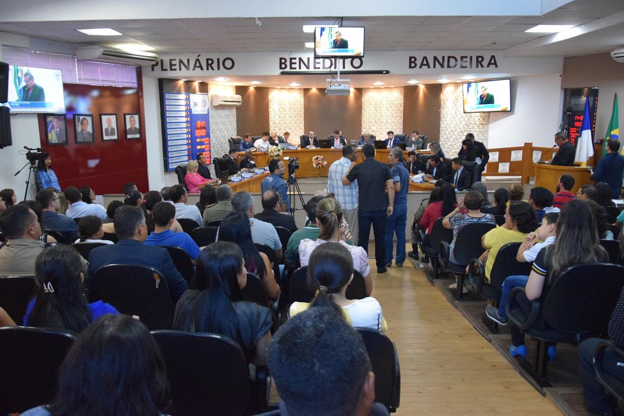 Entidades e personalidades de Paraíso recebem moções de aplausos da Câmara de Vereadores