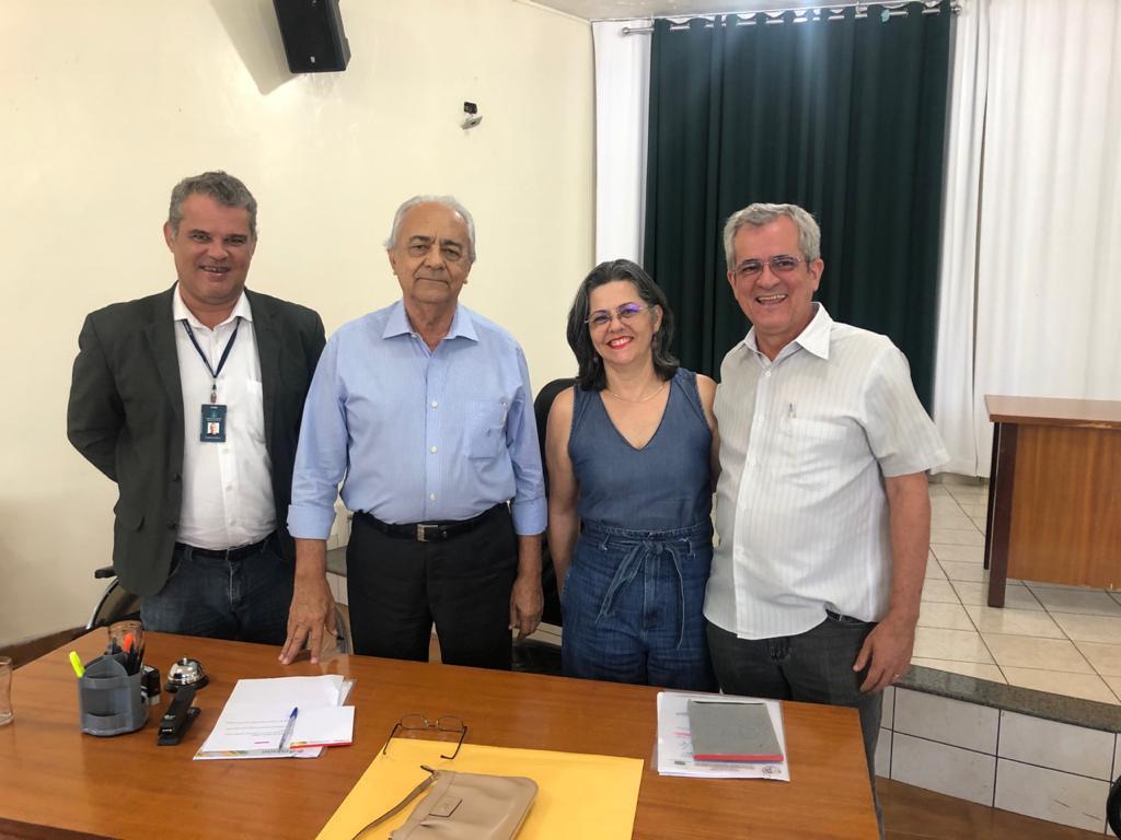 Prefeito Moisés Avelino recebe equipe técnica do Tribunal de Justiça