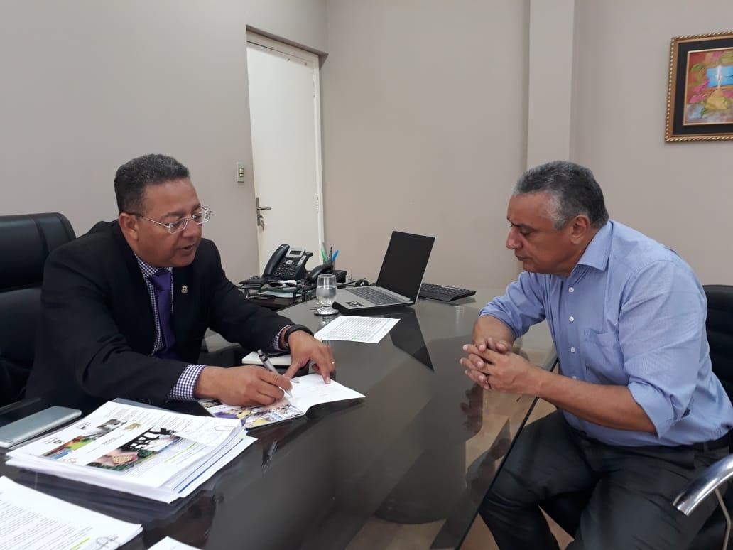 Prefeito eleito de Lajeado busca apoio do Governo para desenvolver a economia do município