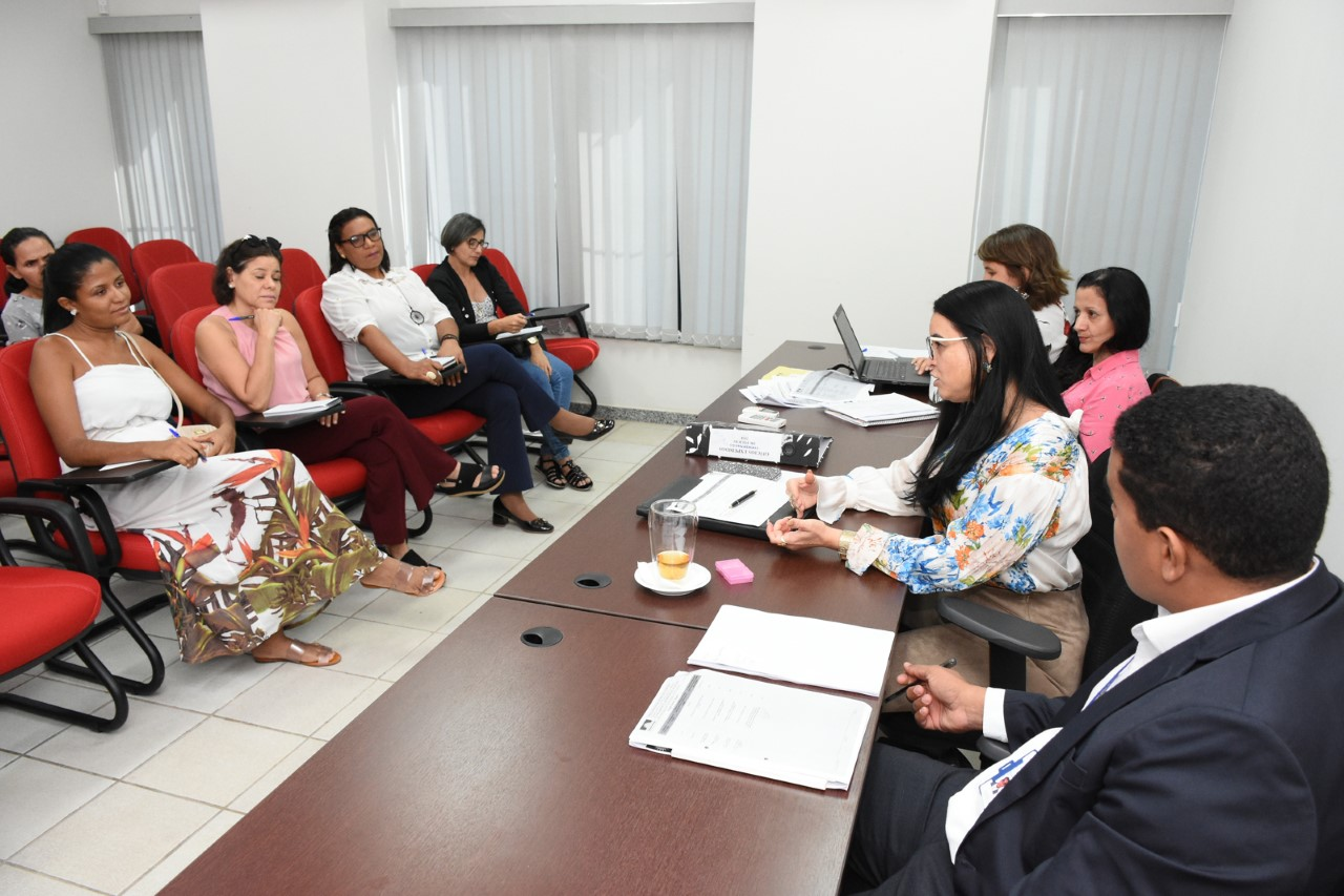 MPTO reúne parceiros para o projeto Superar, que pretende enfrentar os problemas da educação em Miracema